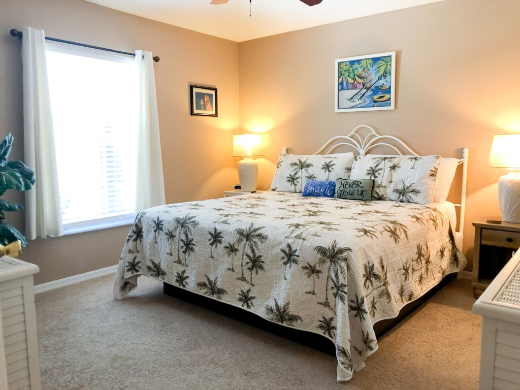 Second Master Bedroom with Ensuite Bathroom and Large Walk In Closet