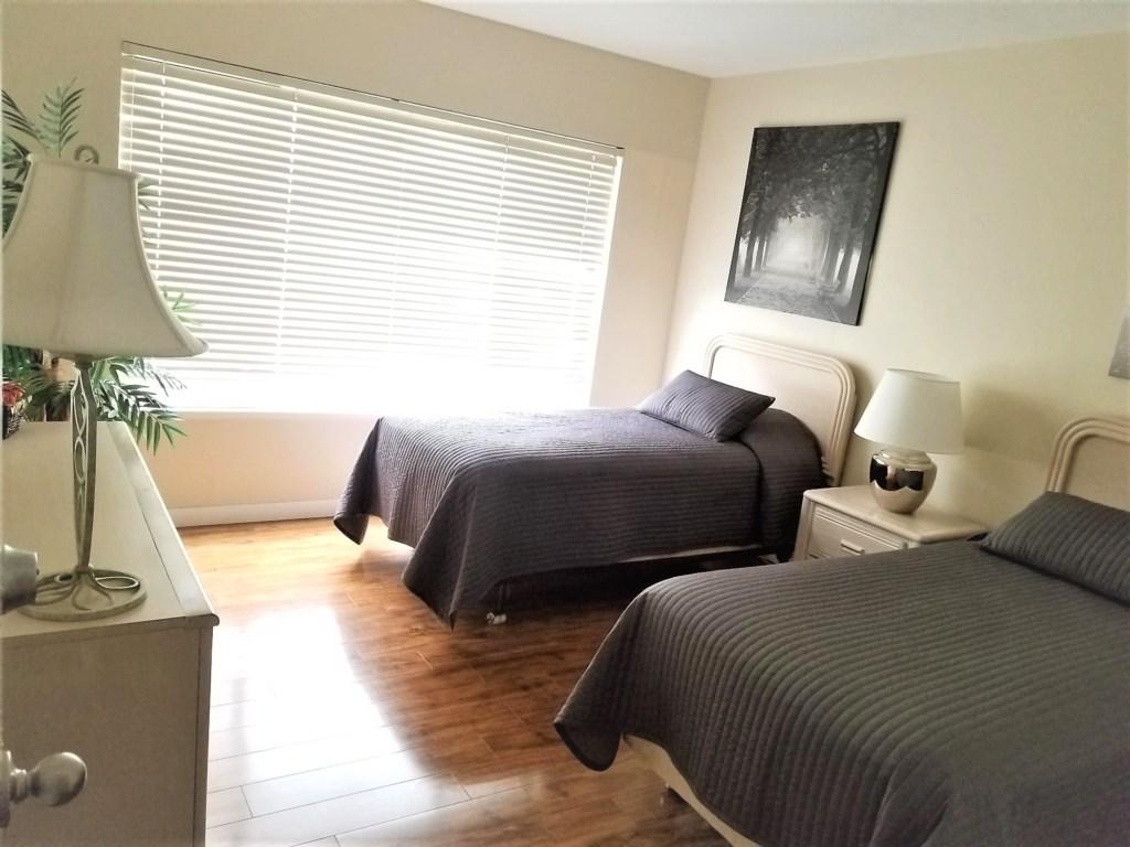 SM 203 guest bedroom.jpg