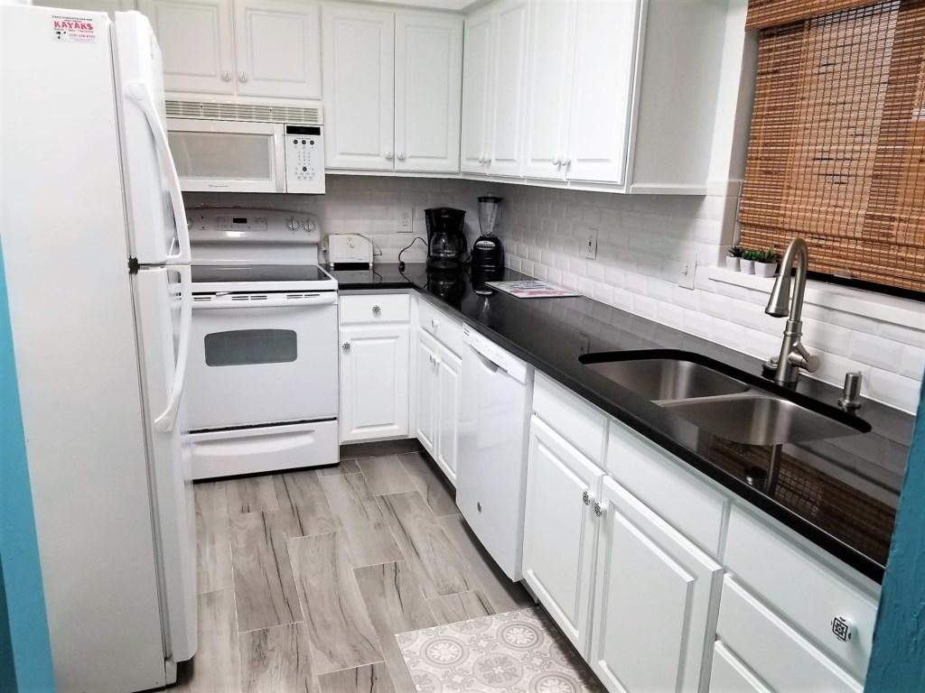 SM 203 kitchen.jpg