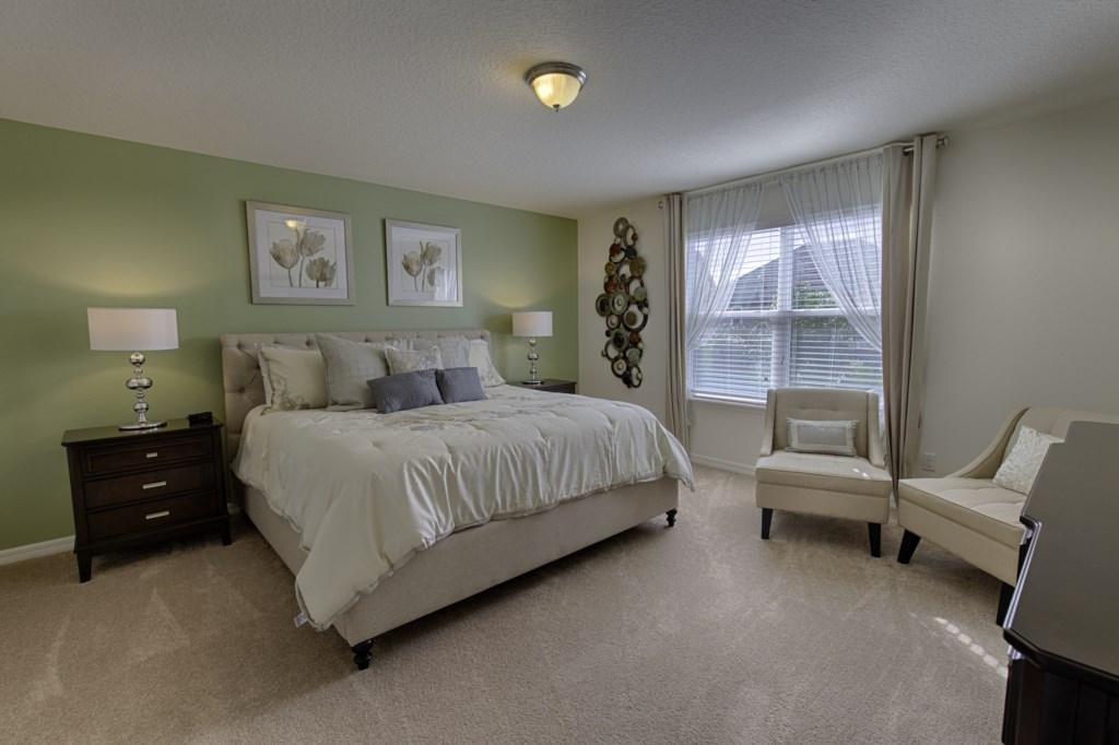 13 King Bedroom.jpg