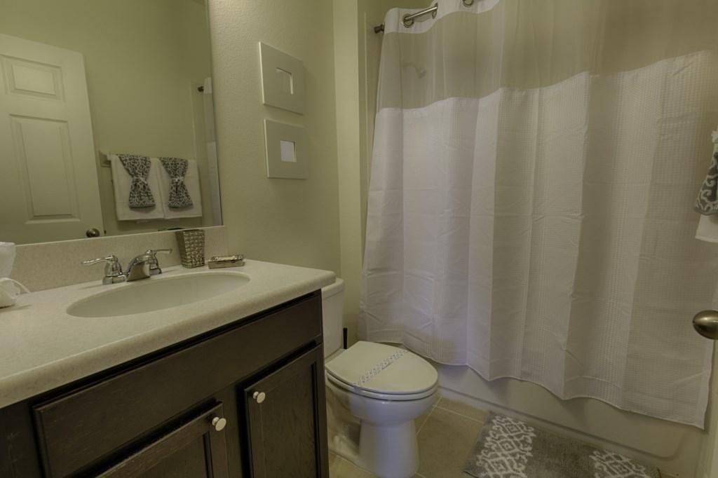28 Bathroom.jpg