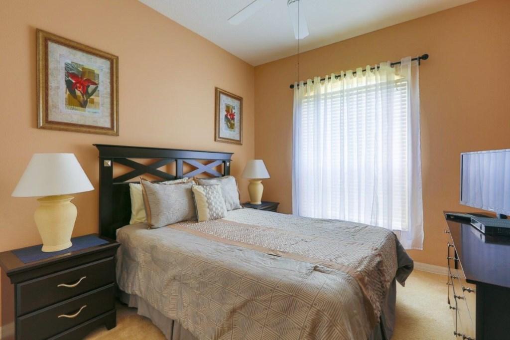 Bed 2 (002)331.jpg