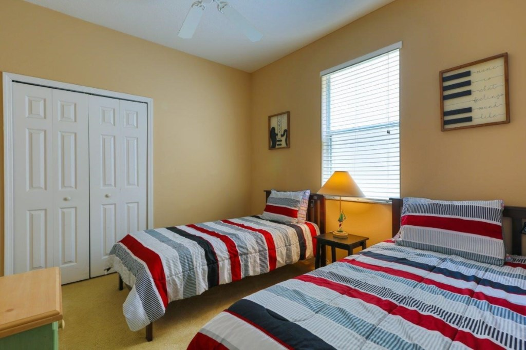Bed 3 (002)331.jpg