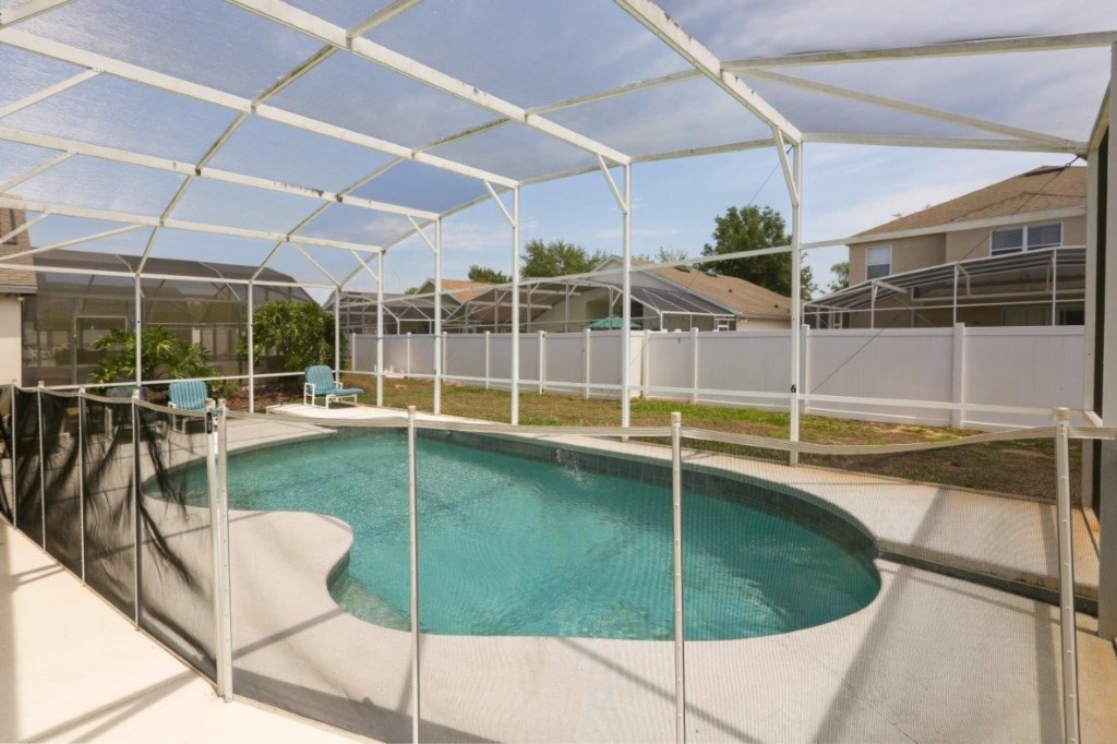 Pool 2 (002)331.jpg
