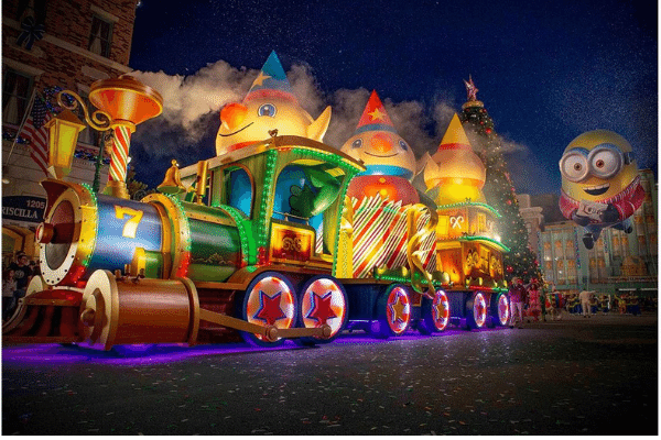 Holidays-in-Orlando-Disney-Theme-Parks.png