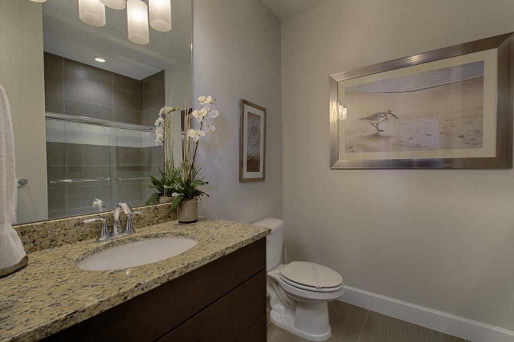 10_Bathroom_0721