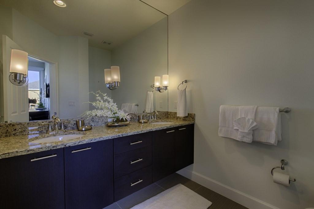 16_Bathroom_0721