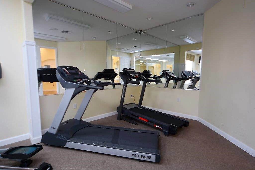 Lake Berkley Resort Public Treadmills