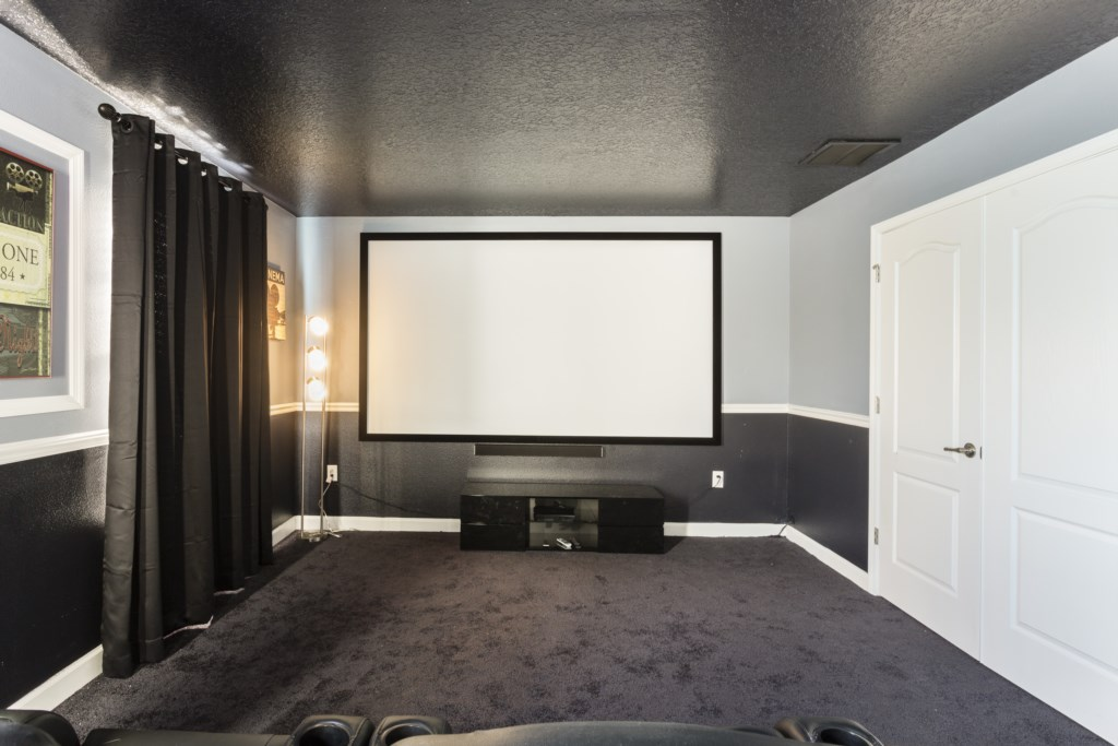 TheaterRoom-1
