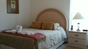 QueenBedroom2