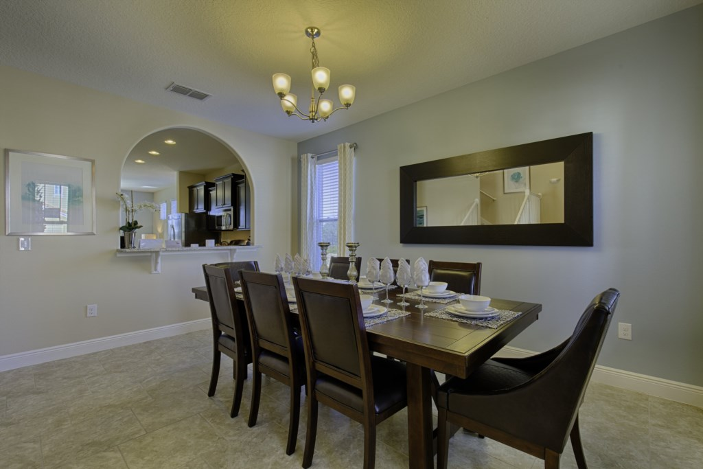06_Dining_Table_with_seating_for_8_guests_0721.jpg