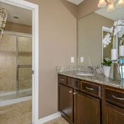 Orlando-Florida-Pulte-Windsor-Westside-Hideaway-Owners-Bath-2