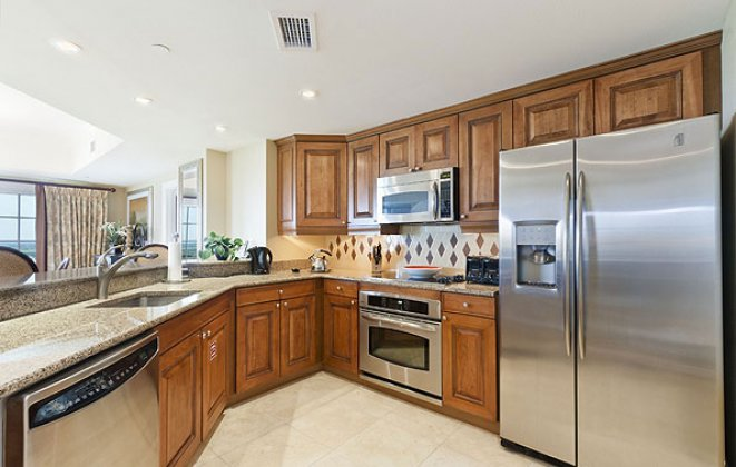 Reunion Grande Condo Kitchen Appliances
