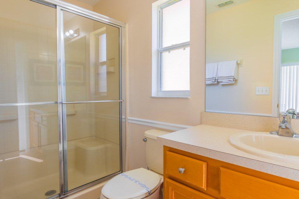 Charming Solana Resort Villa - Master Bathroom Ensuite 1 w/ Walk-In Shower