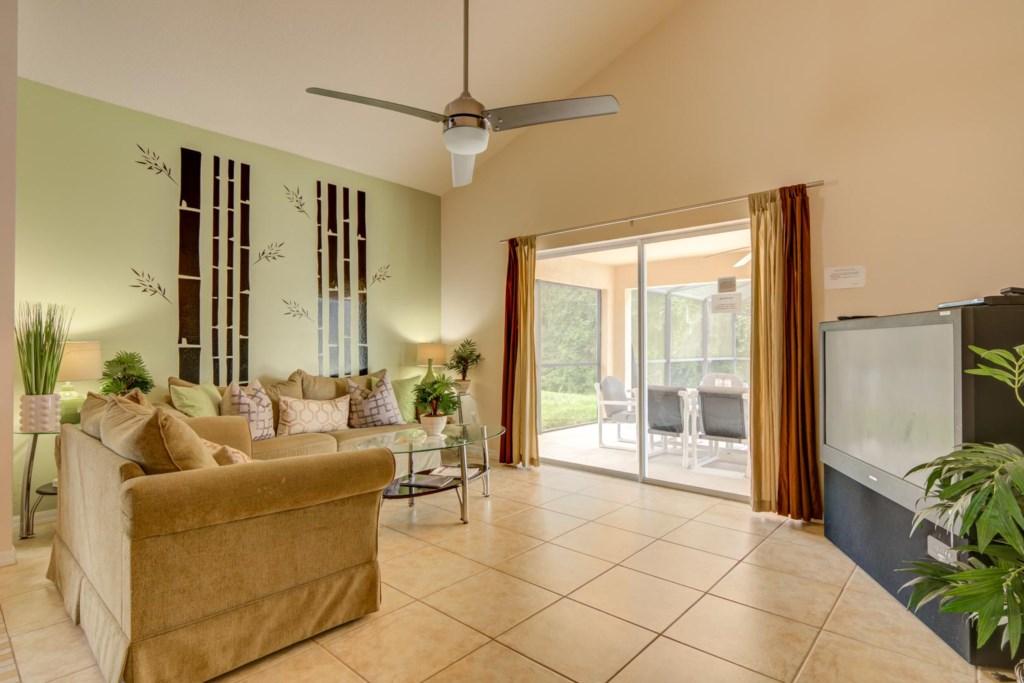 Karis' Sandy Ridge Villa - Living Room