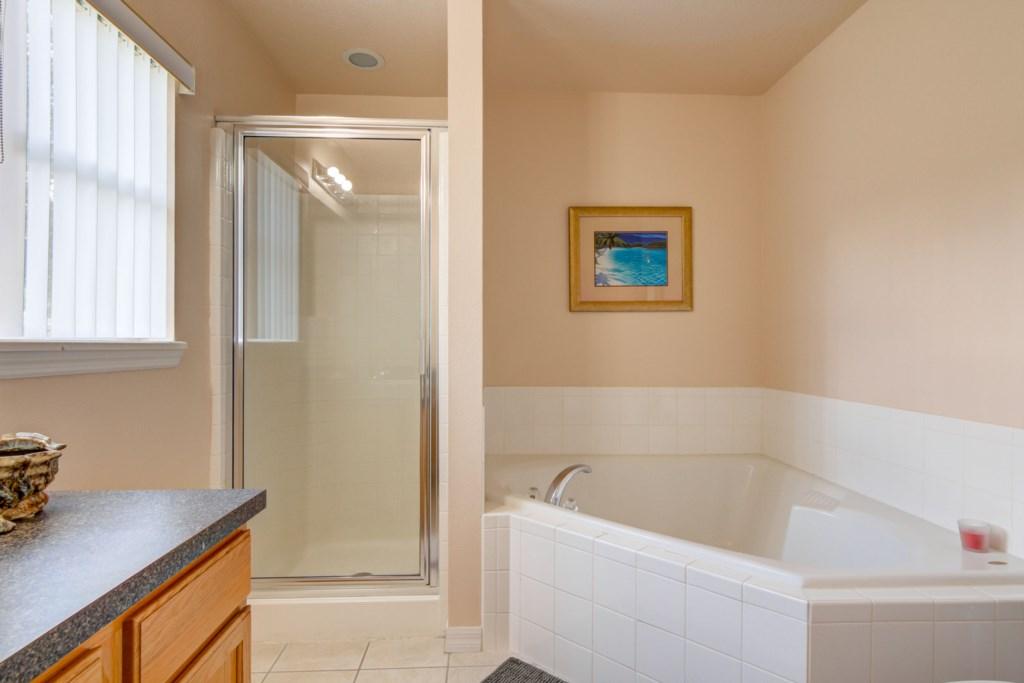 Karis' Sandy Ridge Villa - Master Bathroom 2