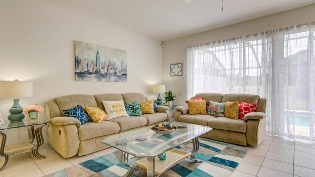 Marlene's Windsor Palms Resort Townhouse - Living Room (2)