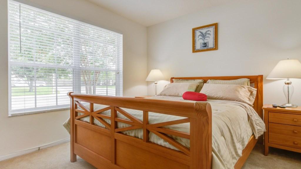 Marlene's Windsor Palms Resort Townhouse - Bedroom 2 w/ Queen Bed (2)