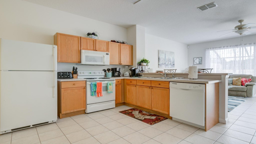 Marlene's Windsor Palms Resort Townhouse - Kitchen (1)