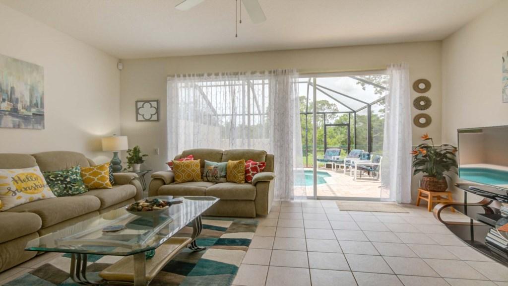 Marlene's Windsor Palms Resort Townhouse - Living Room (3)
