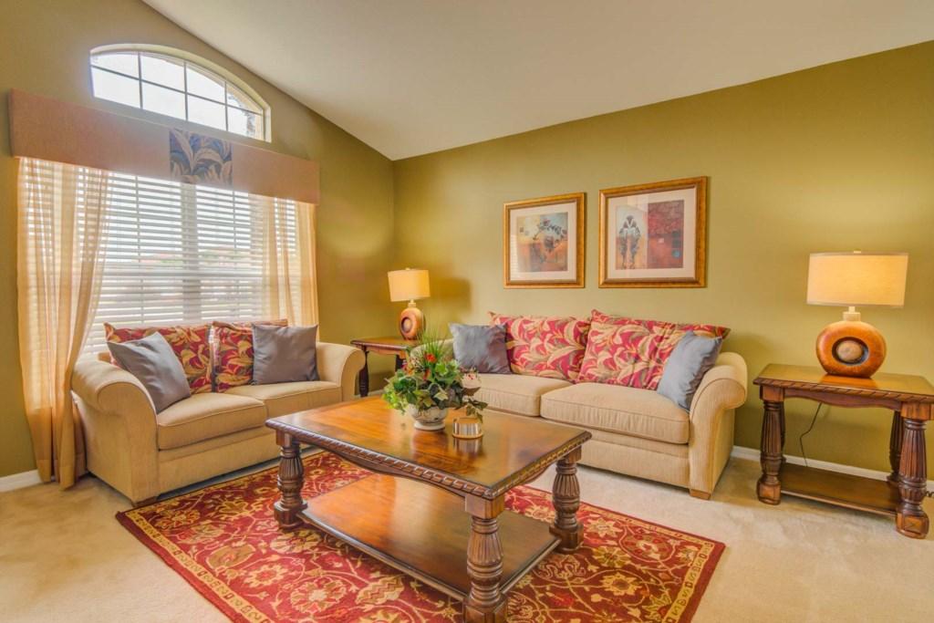 Robert's Solana Resort Villa - Family Room