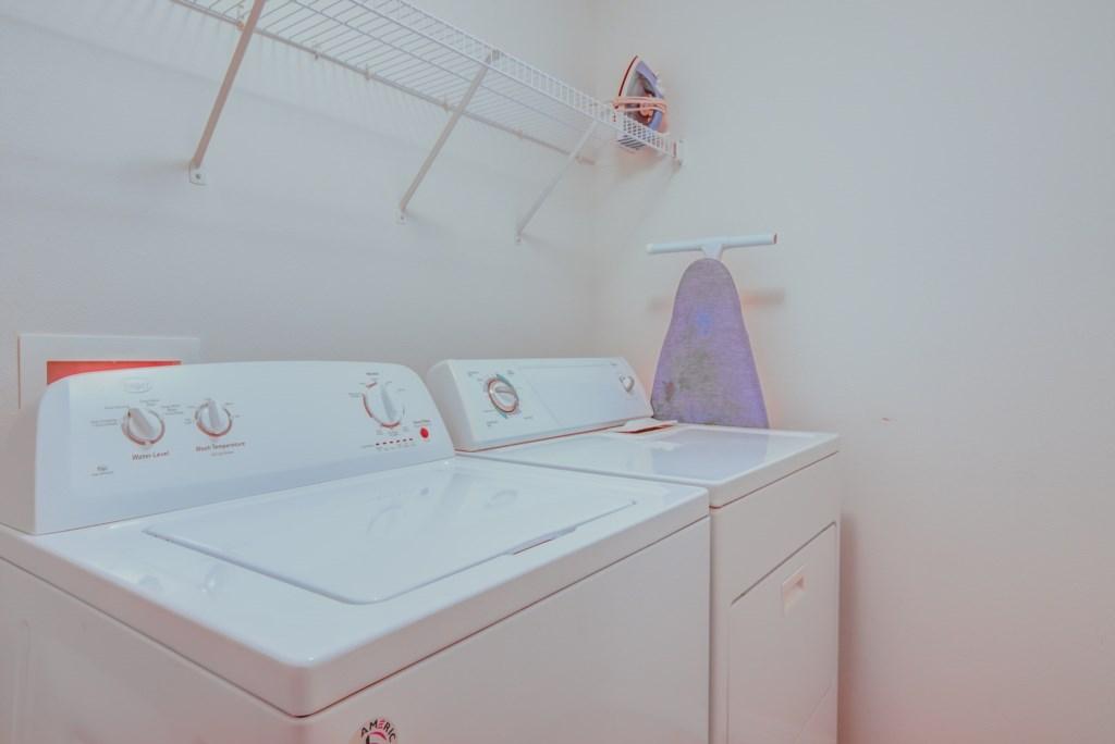 Robert's Solana Resort Villa - Laundry Room