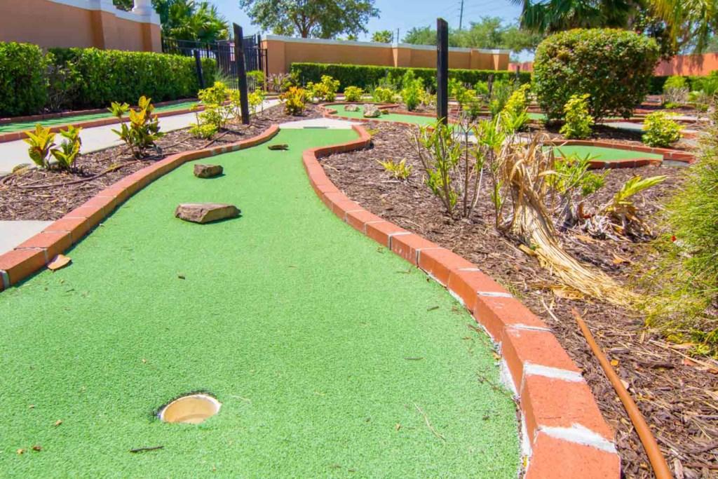 Solana Resort - Mini Golf (2)