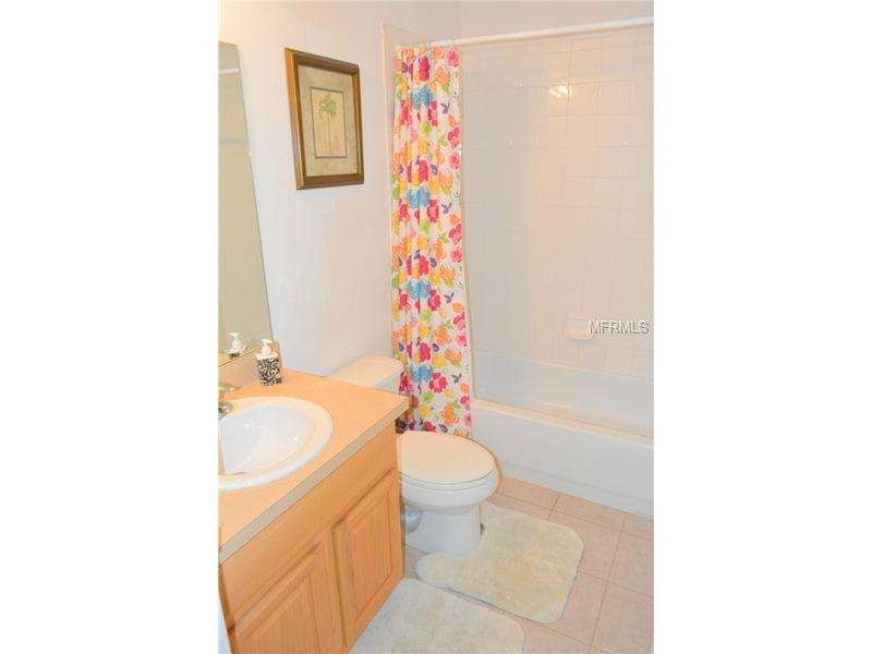 454-bathroom2