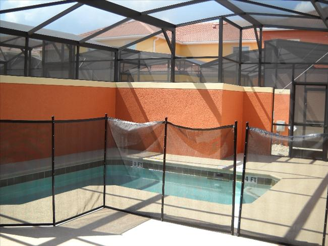 private screened in pool