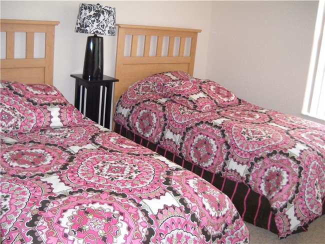 Pink double Twin Bedroom
