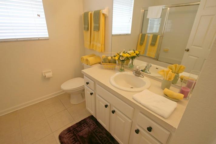 Ground floor shared washroom