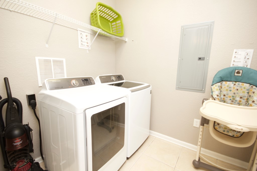 Full Size Washer/ Dryer In Condo