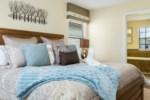 16_King_Bedroom_0721.jpg
