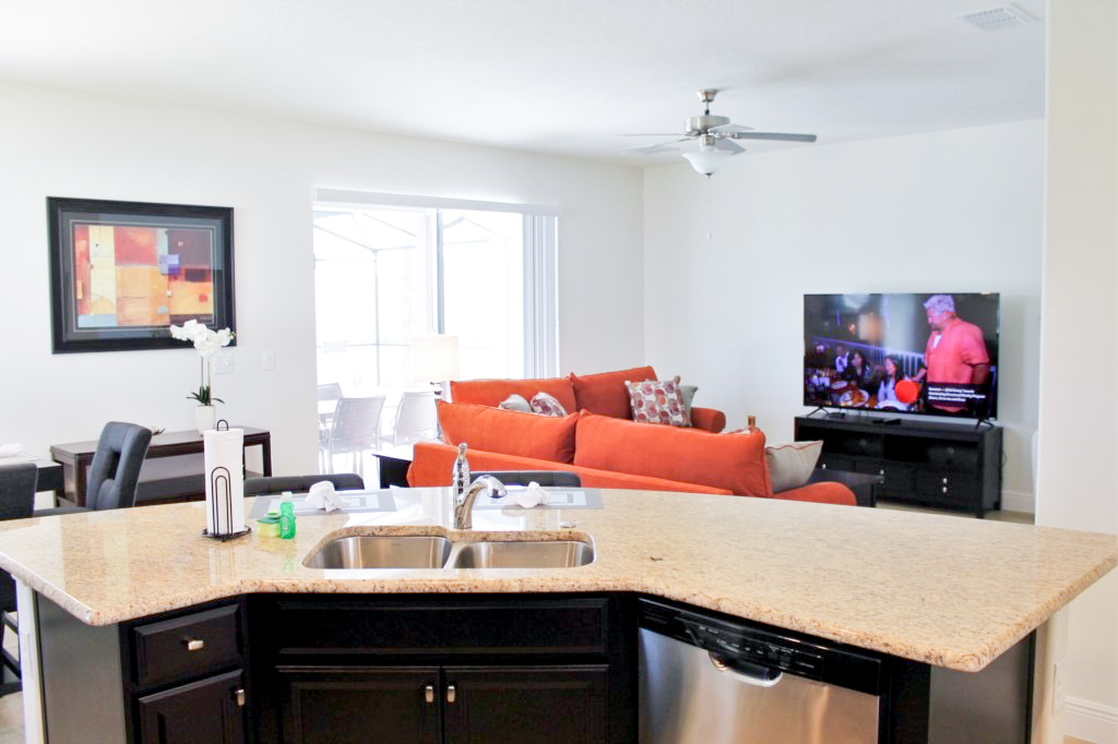 Large Flat Screen TV in Downstairs Living Space!