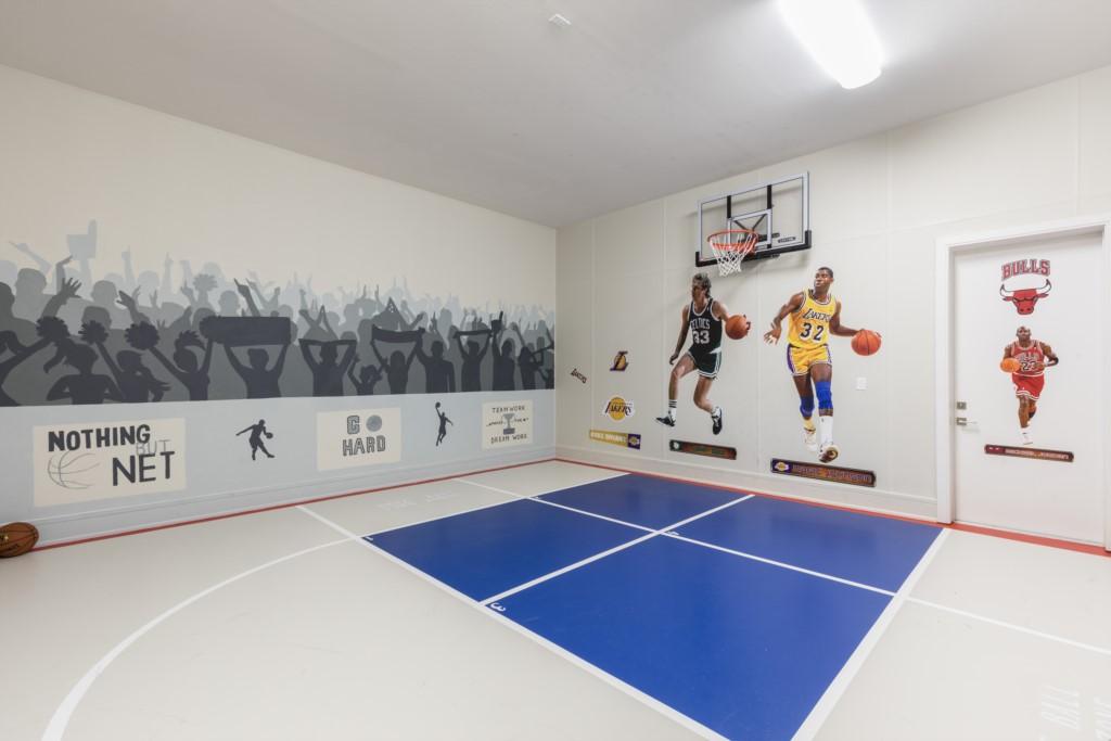 BasketballCourt-2