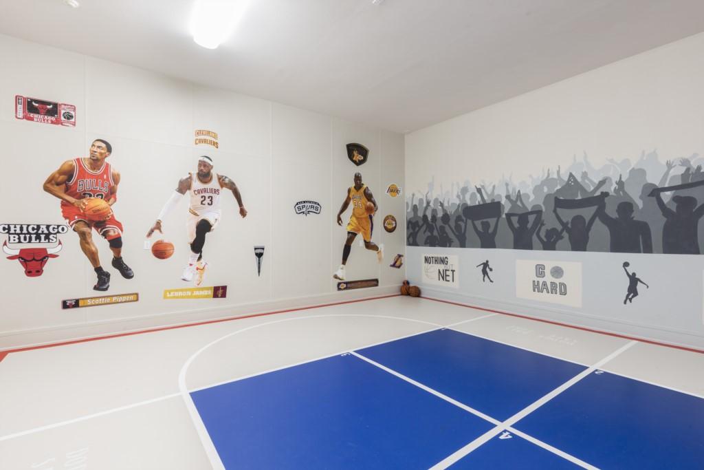 BasketballCourt-3