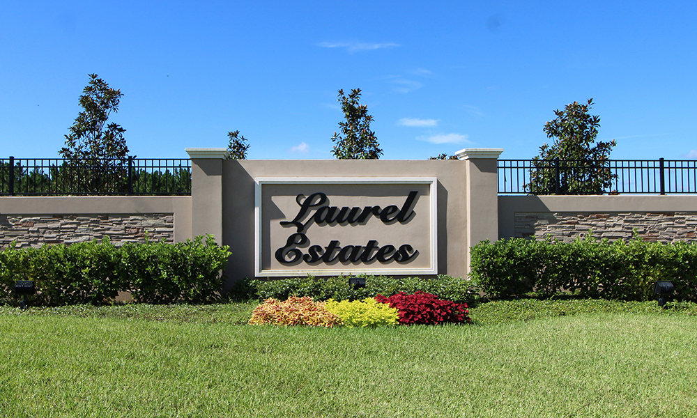 01 Laurel Estates on Highway 27.JPG