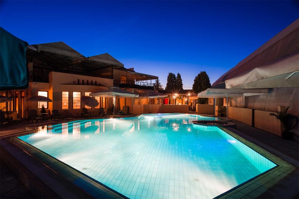 Pool_03.png