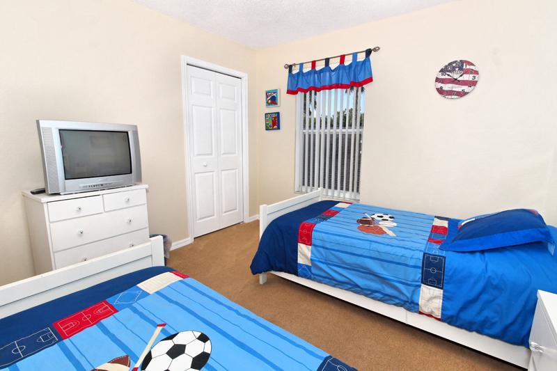 TwinBedroom1(1)