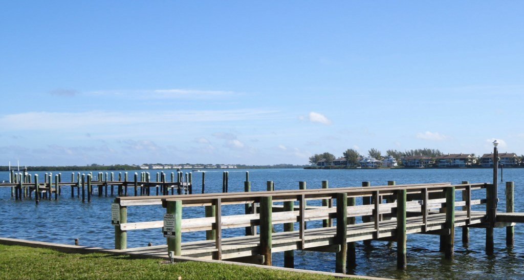 You Private Boat And Fishing Dock-Free To Use With Your Stay WIth Us