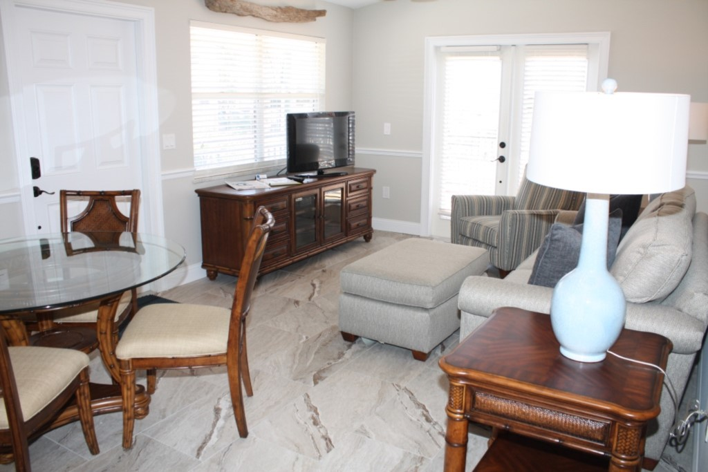 Dining area, living room