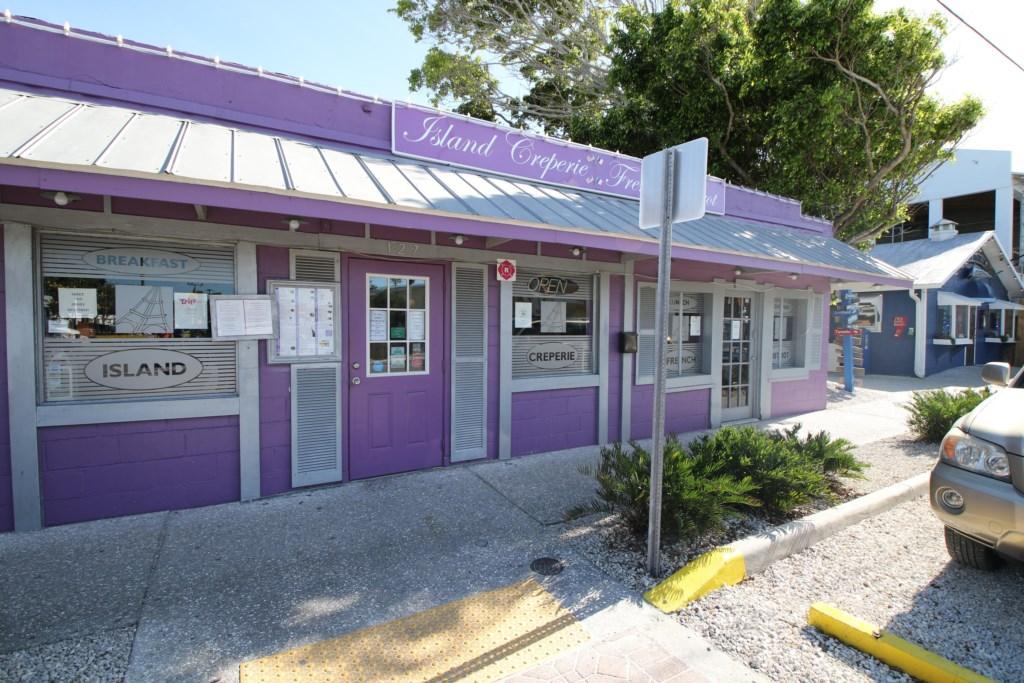 Island Crapree Restaurant a five minute walk from the Beach Sands 101