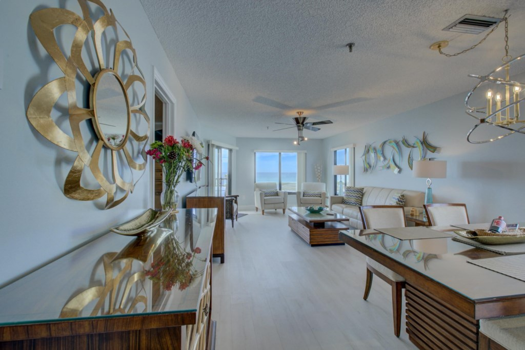 Dining Room-Living Room-Gulf Of Mexico