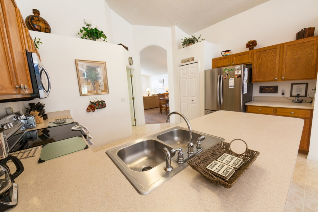 Kitchen-5.jpg