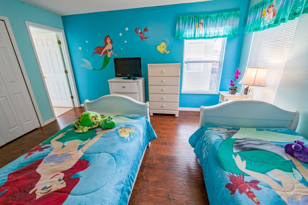 TwinMermaidBedroom-3