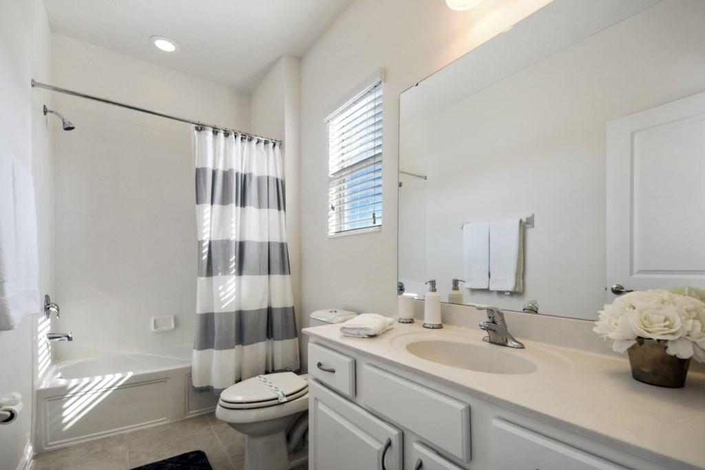 Bathroom 3.1
