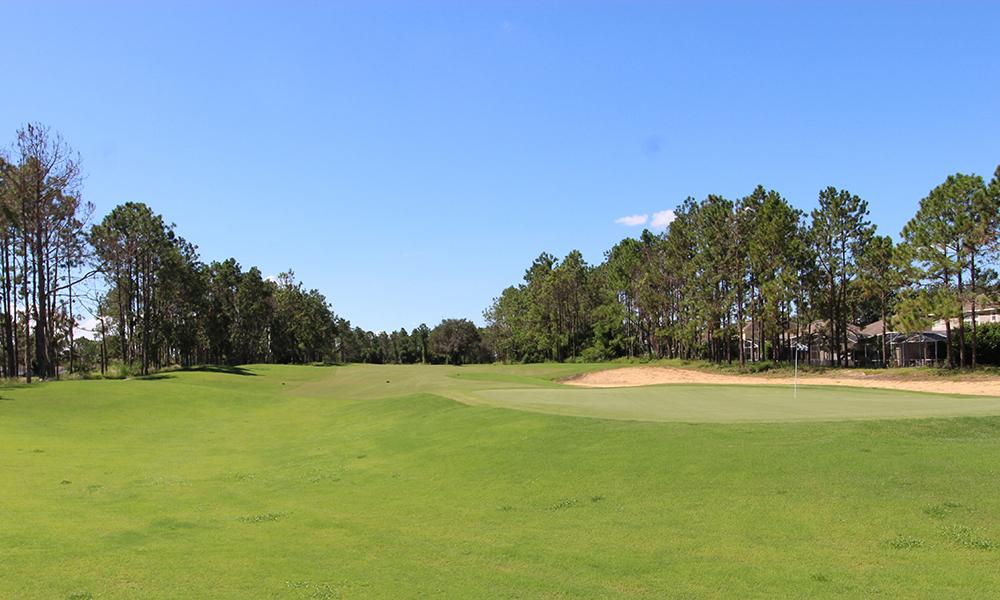07 18 Hole Par 72 Golf Course.JPG