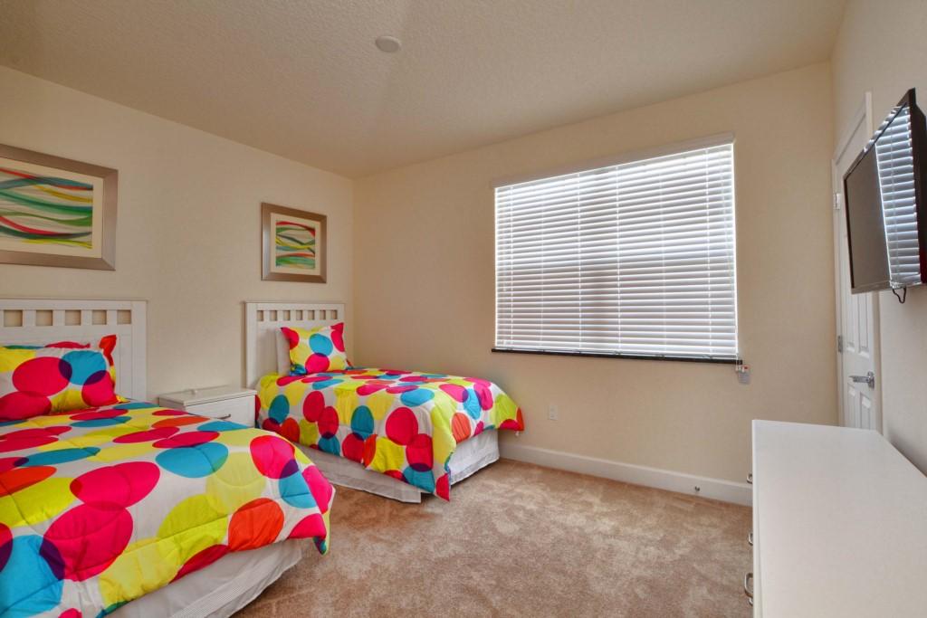 21-Bedroom3