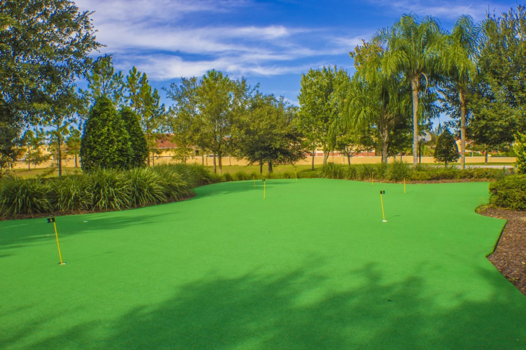 Windsor Hills Resort - Putting Green