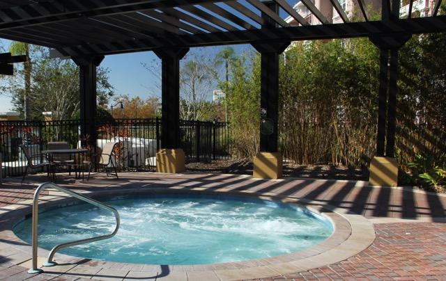 hot tub small.jpg